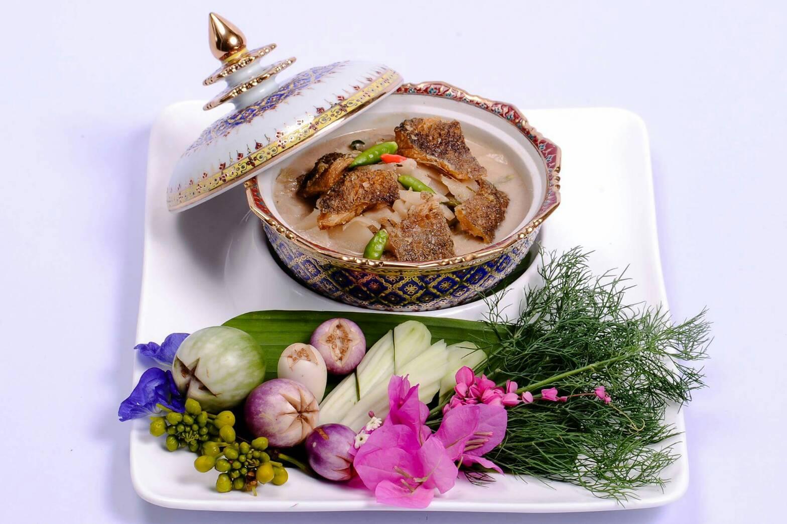 Aoywaan Riverside Thai Cuisine Tours
